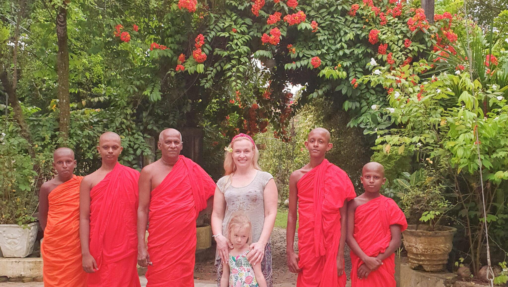 В гостях в буддистском храме