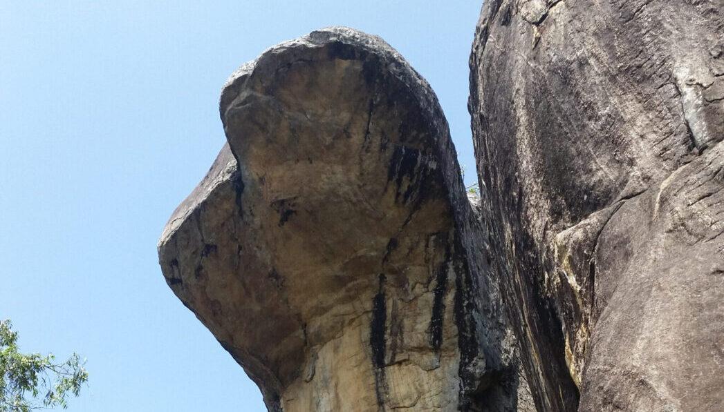 Сигирия, пещера кобр